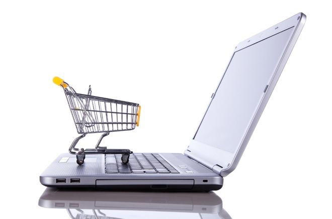 Mua sắm trực tuyến giúp tiết kiệm rất nhiều so với hình thức mua sắm truyền thống.