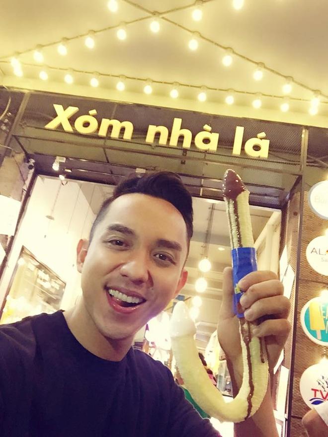 Thuong thuc am thuc an vat tren pho di bo Nguyen Hue hinh anh 10