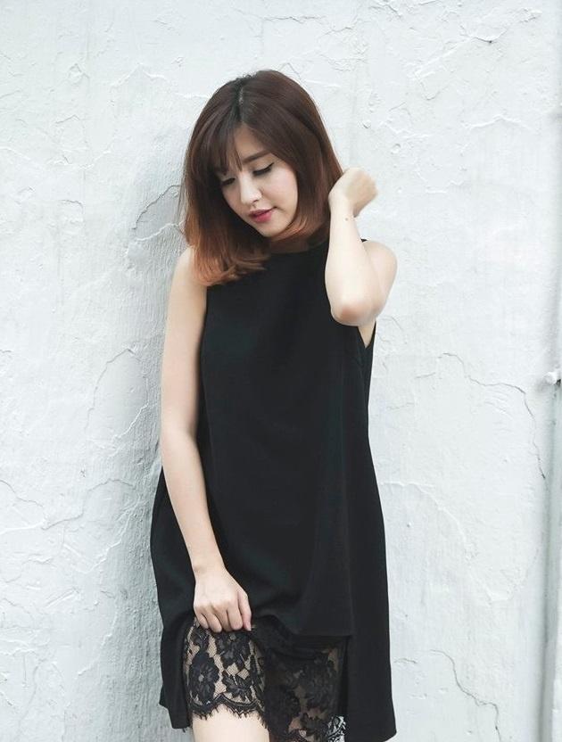 Bi quyet tao gu thoi trang nu tinh cua Bich Phuong hinh anh 1 Bên cạnh những bản pop ballad ngọt ngào, Bích Phương còn được yêu thích bởi hình ảnh dịu dàng, nữ tính.