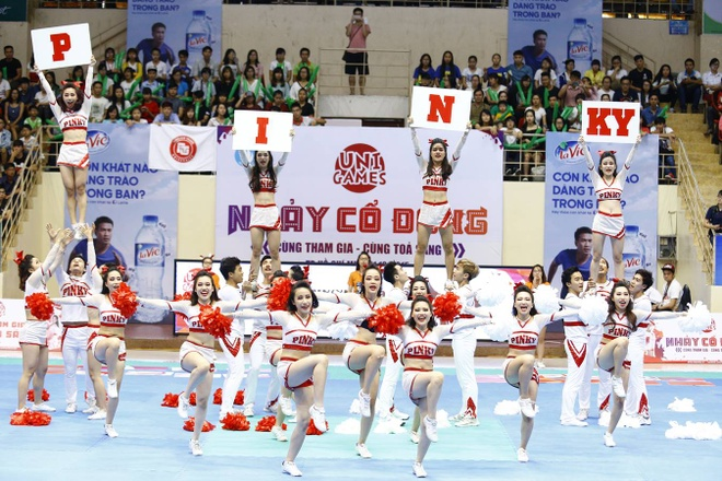 Khoi My chay het minh cung 2.000 sinh vien tai UniGames 2015 hinh anh 2