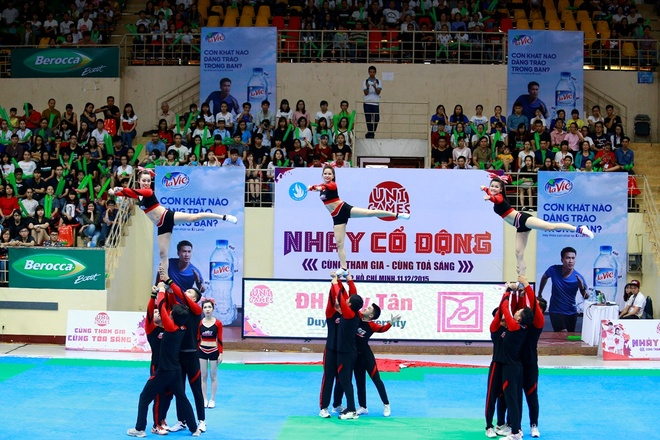 Khoi My chay het minh cung 2.000 sinh vien tai UniGames 2015 hinh anh 3