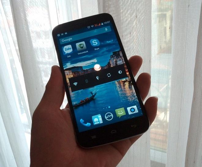 Emax - smartphone dung luong pin lon, cau hinh tot hinh anh 3