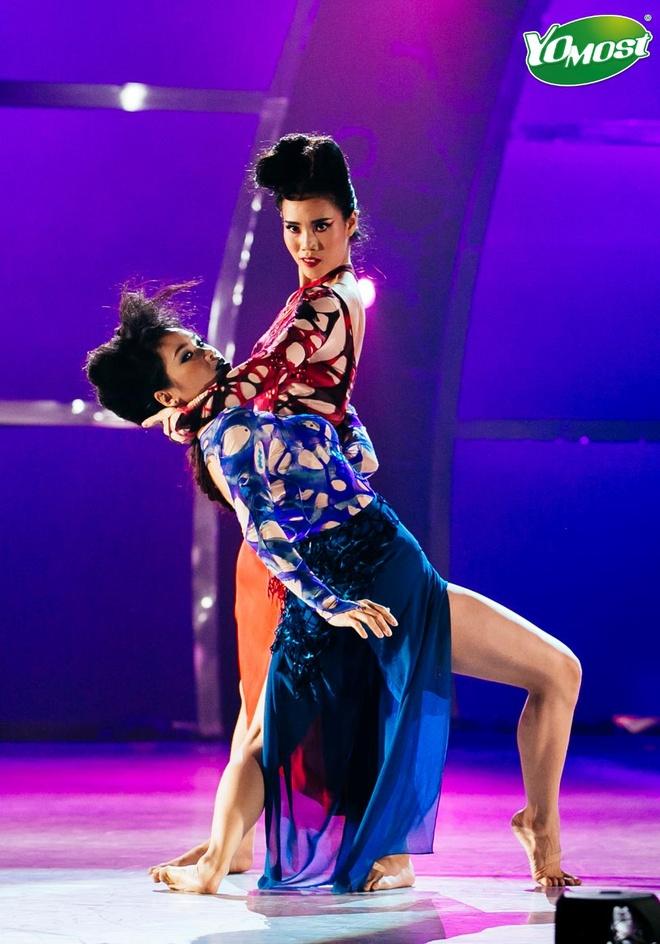 Hanh trinh 'lot xac' cua top 4 'Thu thach cung buoc nhay' hinh anh 3 Hải Anh đến với ballet khi mới 11 tuổi.