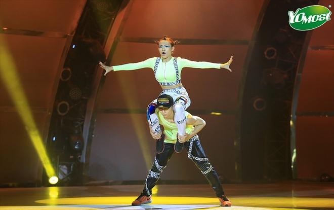 Hanh trinh 'lot xac' cua top 4 'Thu thach cung buoc nhay' hinh anh 5 Trâm Anh là một trong 4 thí sinh nổi bật nhất chương trình.