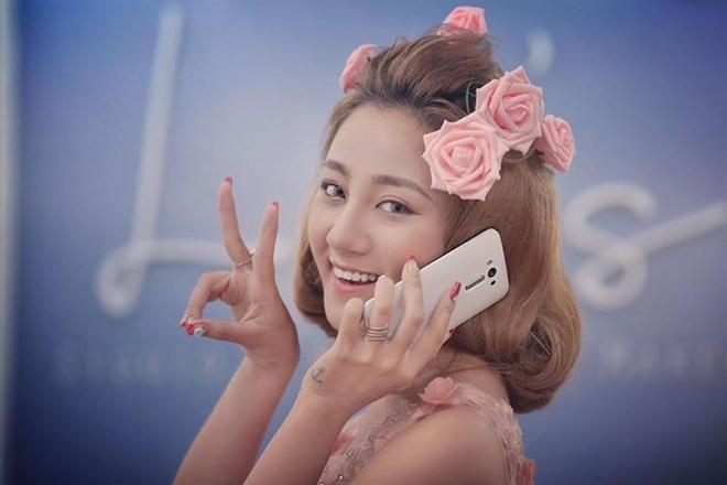 Lily Luta, Linh Le dong loat khoe ZenFone Laser moi sam hinh anh