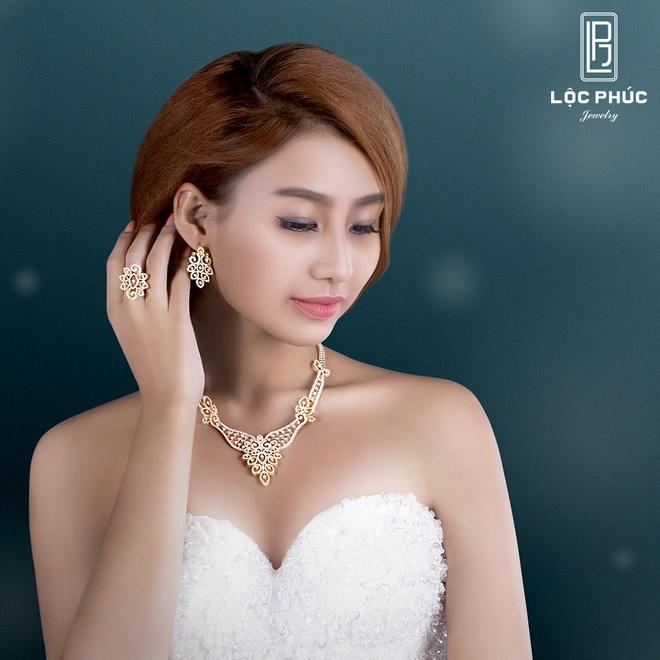 Loc Phuc Jewelry uu dai mung Giang sinh va nam moi hinh anh 3