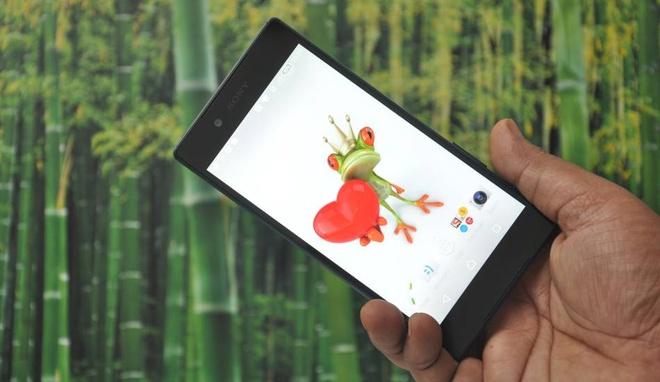 Xperia Z5 Dual: Smartphone cho phuot thu hinh anh