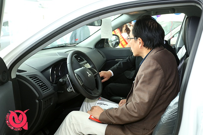 Mitsubishi Vinh Quang oto to chuc ngay hoi ban hang, lai thu hinh anh 7