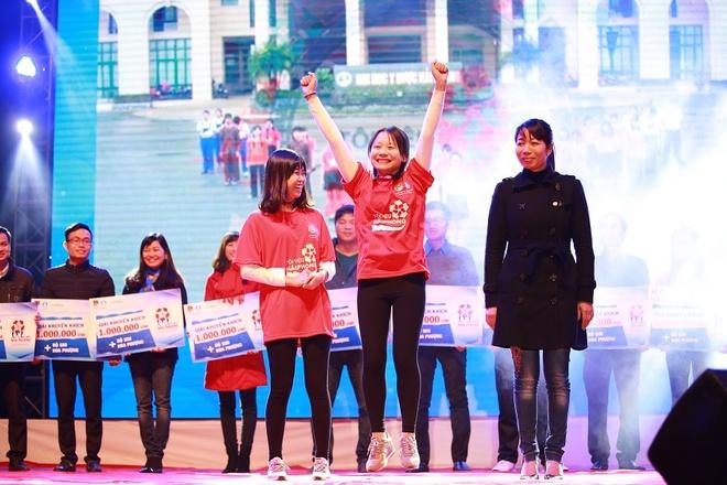 Gioi tre bung no trong dem gala 'Toi yeu Hai Phong' hinh anh 1