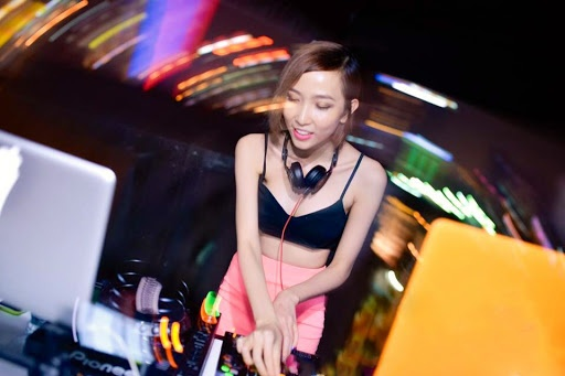 Nguoi mau lam DJ: De thanh cong phai co gang gap doi hinh anh 1