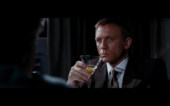 Ba cach tan huong cuoc song nhu James Bond hinh anh 3