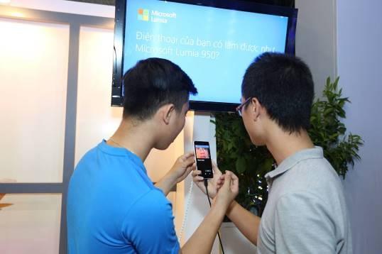 Trai nghiem tinh nang Continuum ket noi Lumia 950 hinh anh 11