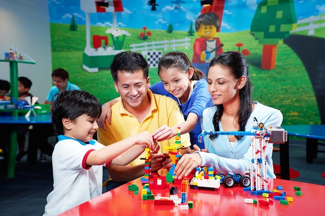 Legoland - cong vien giai tri doc dao tai Malaysia hinh anh 5  Vui chơi ở Legoland là cơ hội để bố mẹ và con cái thêm hiểu nhau.