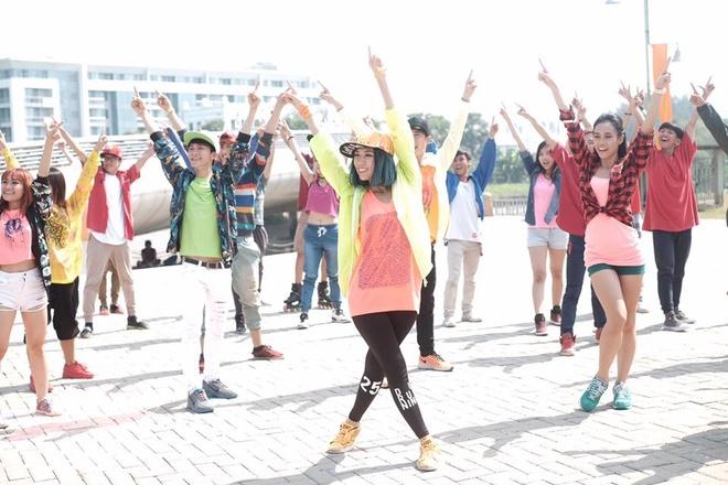 Min bat tay dan vu cong 'Thu thach cung buoc nhay' lam MV hinh anh 3 Điệu nhảy Ynot Dance đang tạo ra virus dance của Min.