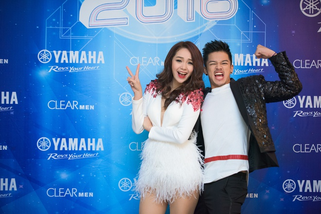 Toc Tien chay het minh trong Yamaha Clearmen Countdown 2016 hinh anh 8