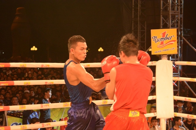 Co gai Lao Cai gianh giai vo dich boxing Let's Viet hinh anh 2