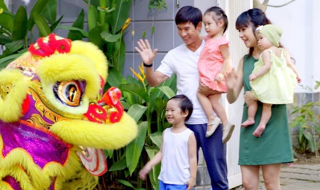 Gia dinh Ly Hai - Minh Ha tung MV don xuan hinh anh