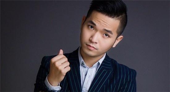 Pham Hong Phuoc: Hai thai cuc cua 'nguoi lon co don' hinh anh