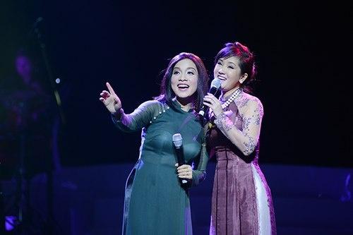 Hong Nhung nguong mo kha nang 'tran ap' san khau cua My Linh hinh anh
