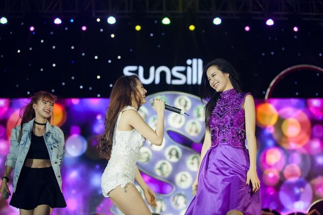 Dong Nhi, Bao Anh va Khoi My cover loat hit cua dan chi hinh anh 1