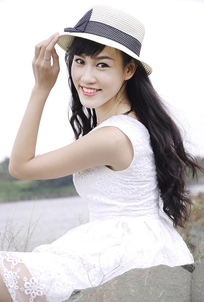 Hoa khoi va nam vuong 'Net dep sinh vien Van Hien' lan 3 hinh anh 1