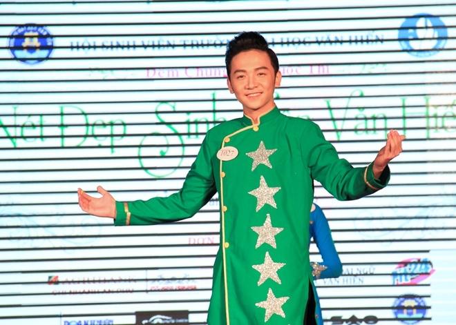 Hoa khoi va nam vuong 'Net dep sinh vien Van Hien' lan 3 hinh anh 3