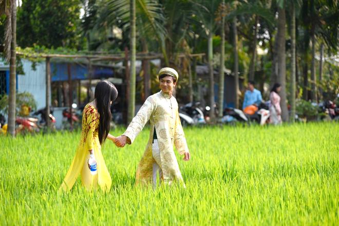 Ho Viet Trung hoa chang re nhi nhanh trong MV Tet hinh anh 3