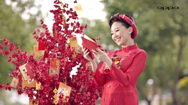 Son Tung, Chi Pu sanh doi trong clip moi hinh anh 5