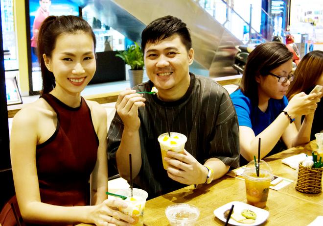 Thuong thuc phien ban tra dao da xay Phuc Long tai Sai Gon hinh anh 2