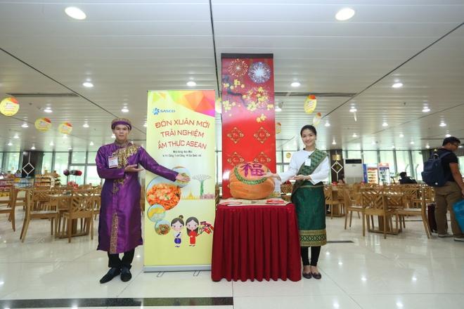 Trai nghiem am thuc ASEAN tai san bay Tan Son Nhat hinh anh 1