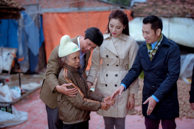 Hoa hau Ky Duyen cung Style TV tu thien cuoi nam hinh anh 5