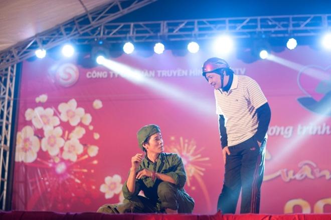 Hoa hau Ky Duyen cung Style TV tu thien cuoi nam hinh anh 6