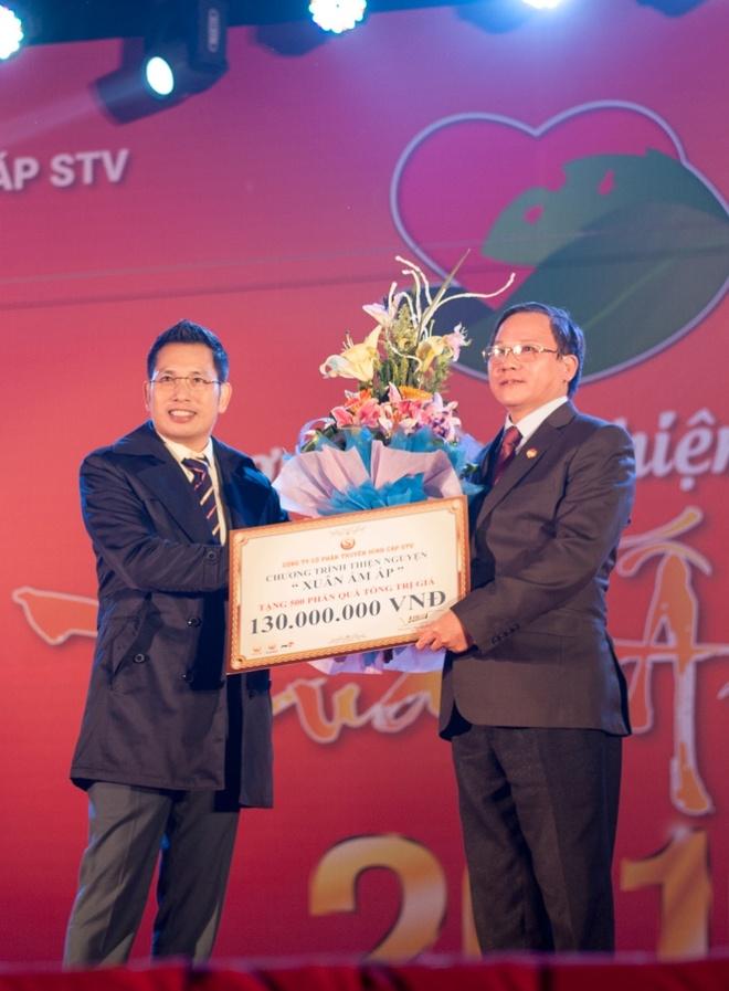 Hoa hau Ky Duyen cung Style TV tu thien cuoi nam hinh anh 8