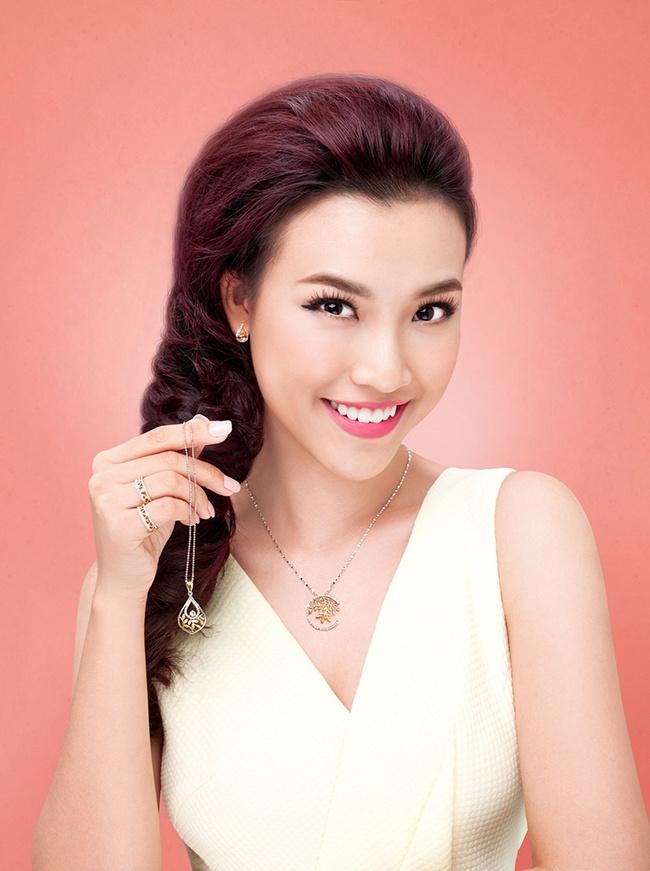 Chon trang suc dip Tet voi My Linh va Hoang Oanh hinh anh 7