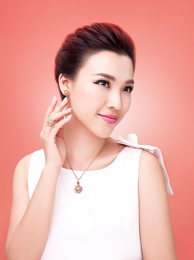 Chon trang suc dip Tet voi My Linh va Hoang Oanh hinh anh 8