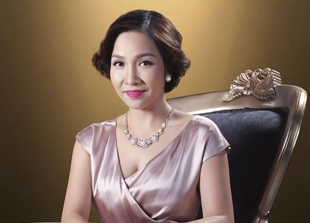 Chon trang suc dip Tet voi My Linh va Hoang Oanh hinh anh