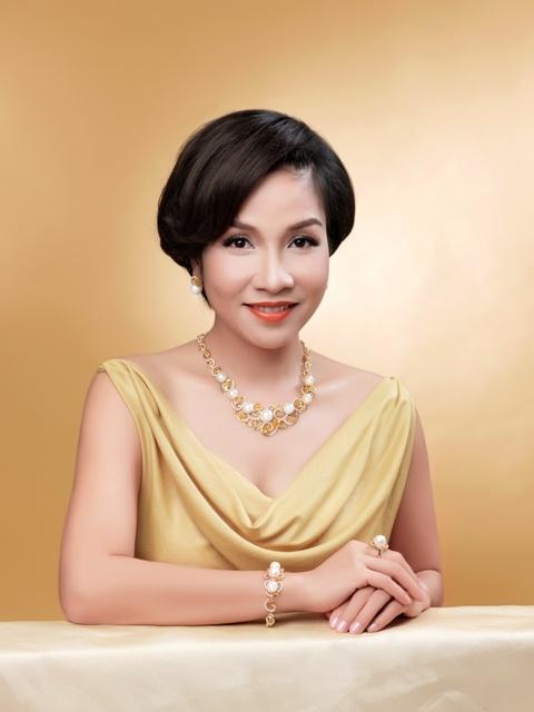 Chon trang suc dip Tet voi My Linh va Hoang Oanh hinh anh 4