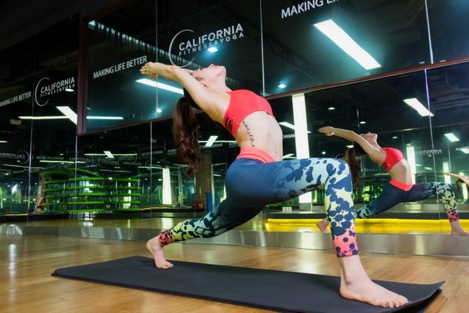 Nhung dong tac yoga giup giam can hieu qua hinh anh 1