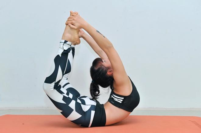 Nhung dong tac yoga giup giam can hieu qua hinh anh 3