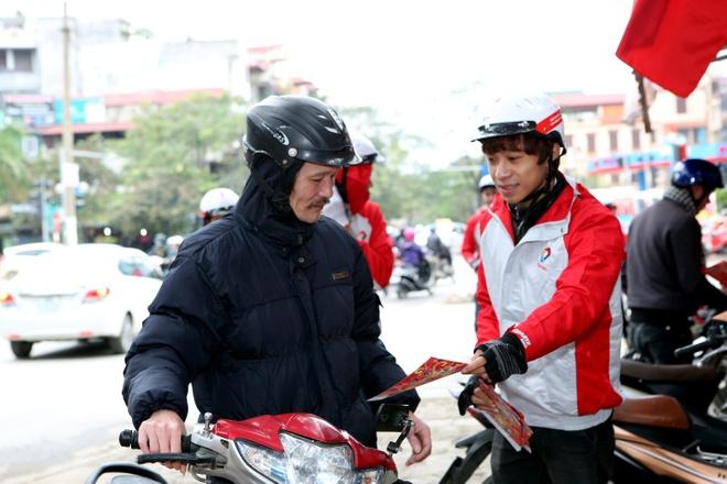 Total khuay dong Tet voi doan 'Lan su rong' may man hinh anh 7