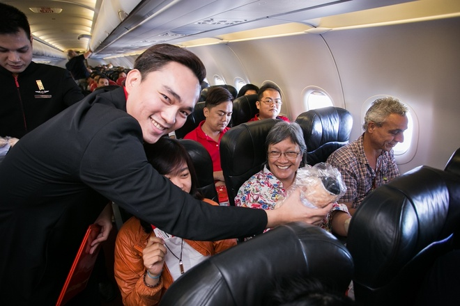 AirAsia tung 3 trieu ve 0 dong den hon 100 dia diem hinh anh 1