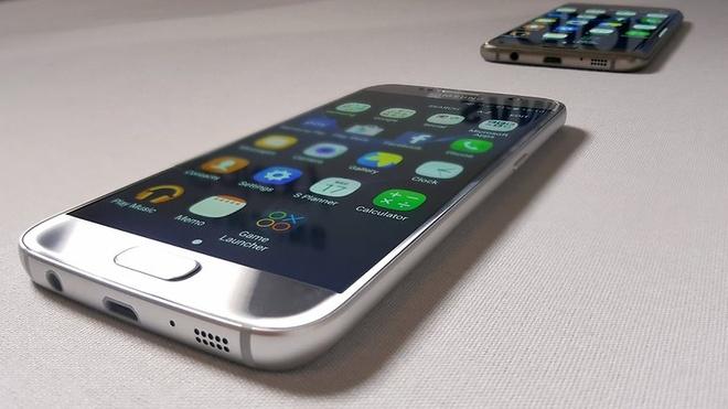 5 ly do nen mua bo doi Galaxy S7 va Galaxy S7 edge hinh anh