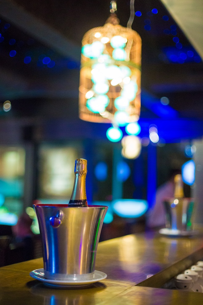 Trai nghiem Gio Trai Dat cung La Plume Bar & Lounge hinh anh 1