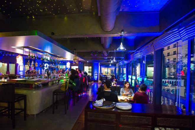 Trai nghiem Gio Trai Dat cung La Plume Bar & Lounge hinh anh 5