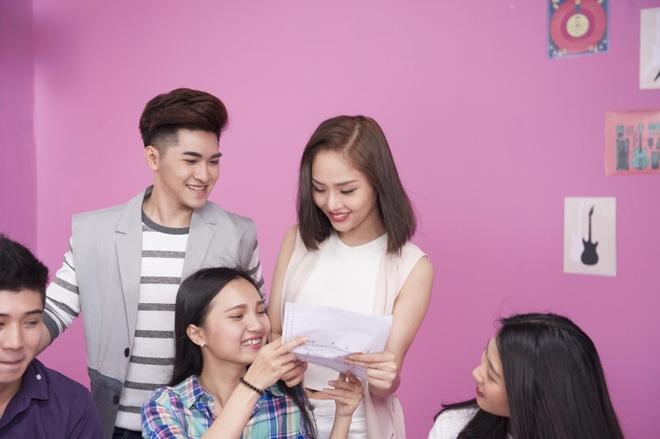 Miu Le hoa co em gai de thuong cua Thuy Tien trong MV moi hinh anh 6