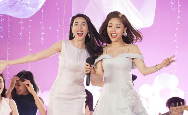 Miu Le hoa co em gai de thuong cua Thuy Tien trong MV moi hinh anh