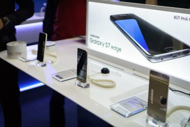 Chinh thuc mo ban Galaxy S7 va Galaxy S7 edge hinh anh 1