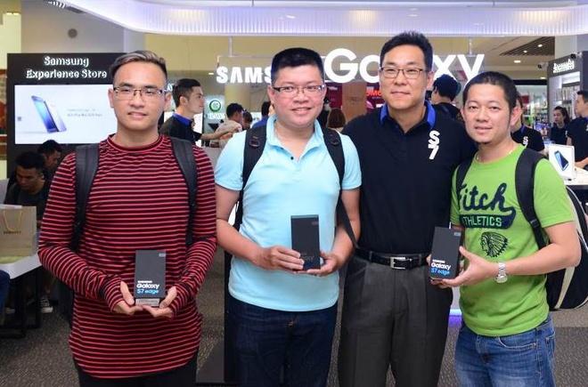 Chinh thuc mo ban Galaxy S7 va Galaxy S7 edge hinh anh 5