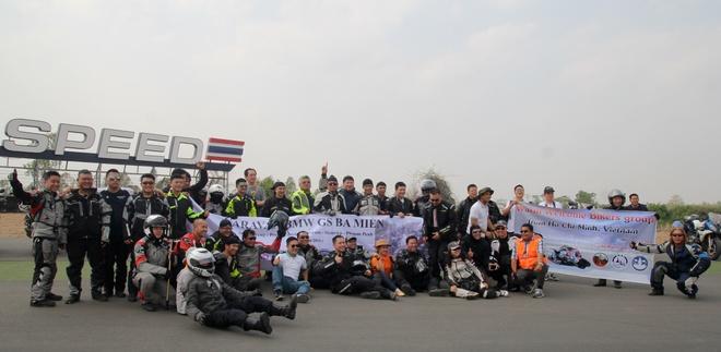 BMW Motorrad - mau xe ly tuong cho biker Viet hinh anh 1