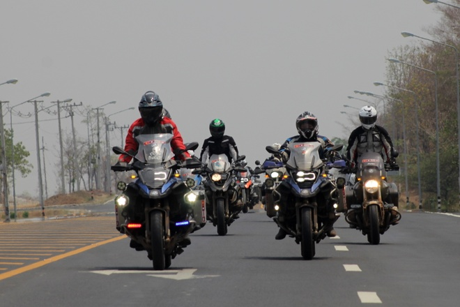 BMW Motorrad - mau xe ly tuong cho biker Viet hinh anh 3